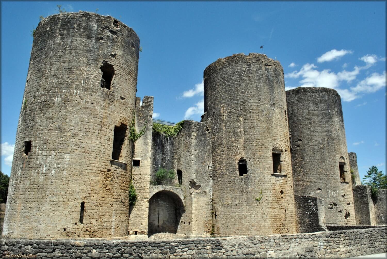 Château de Villandraut, Sous la Tonnelle logement à proximité