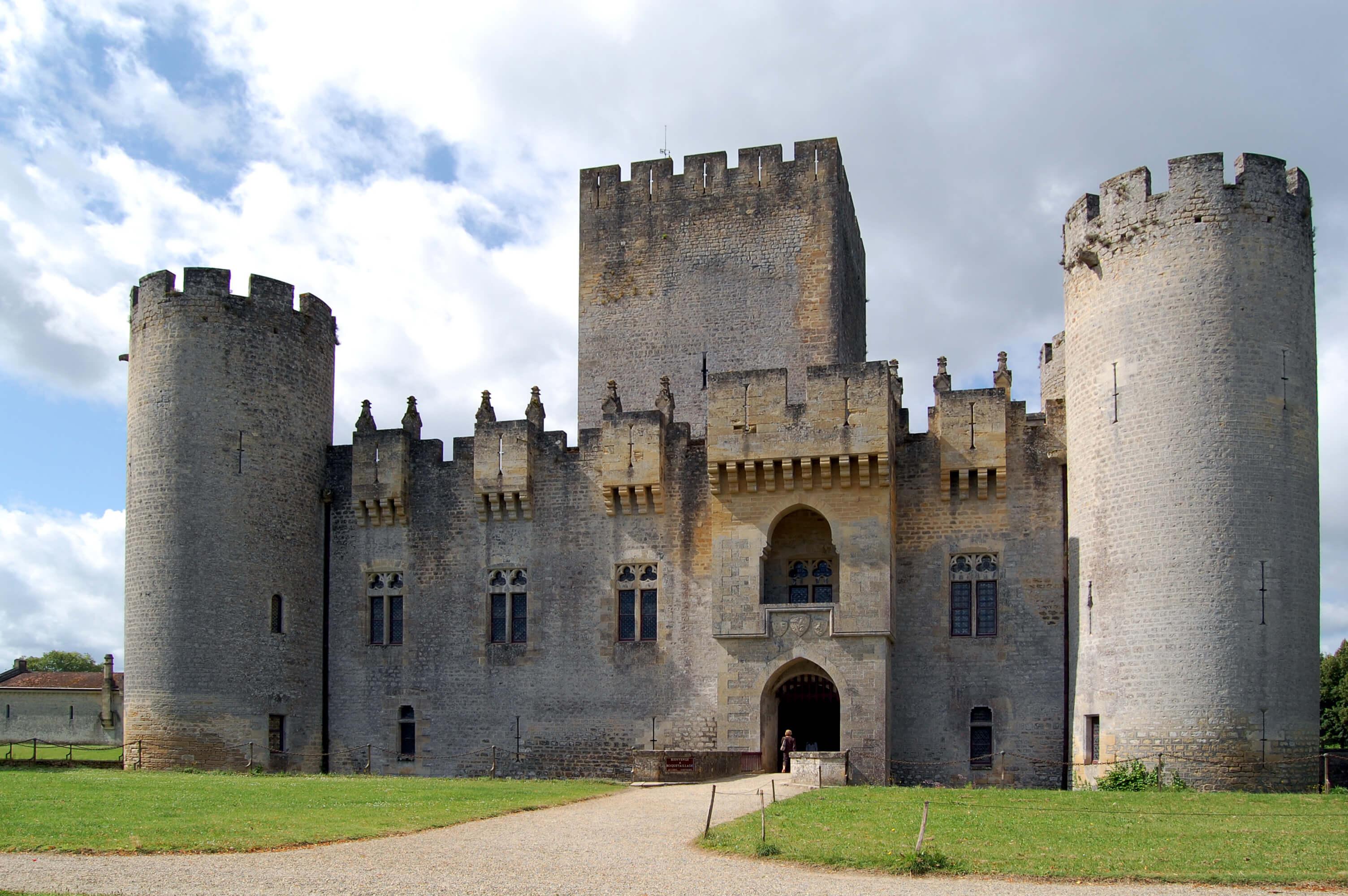 Château de Roquetaillade, Sous la Tonnelle logement à proximité