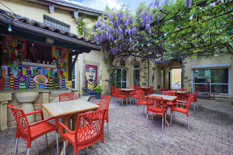 Sous la Tonnelle, Chambres et Gîte à Uzeste (Sud Gironde)
